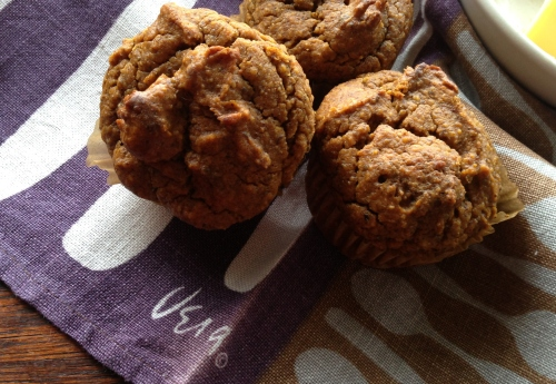 paleo_pumpkin_muffin_2crop